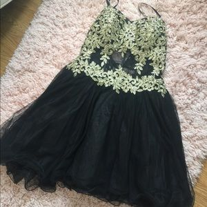 Dresses & Skirts - Homecoming/prom dress